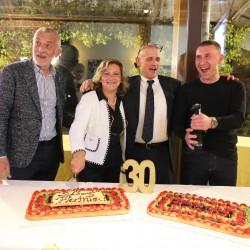 I soci di Florinfo al taglio della torta del 30esimo anniversario.